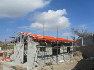 تصویر ساخت سقف ویلایی با ساندویچ پانل پلی یورتان 2