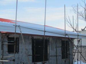 تصویر ساخت سقف ویلایی با ساندویچ پانل پلی یورتان 20